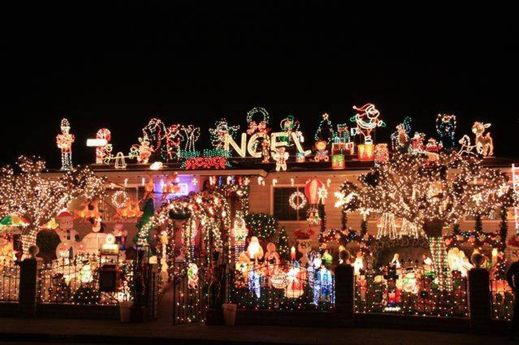 Awesome Christmas lights (5)