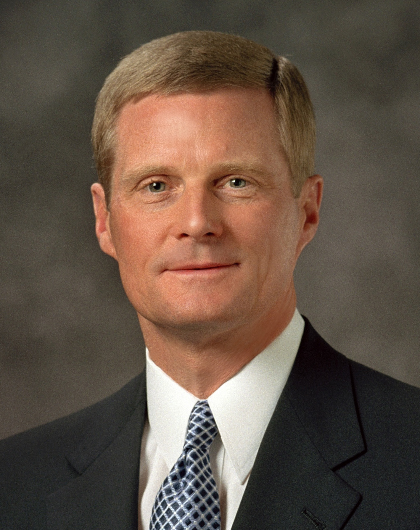 12 Things that Were Popular When Elder Bednar Was Called as an Apostle