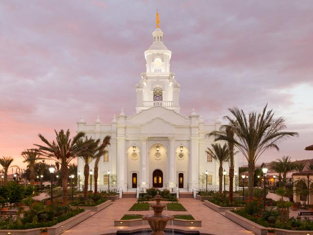 Tijuana_Temple2_2015