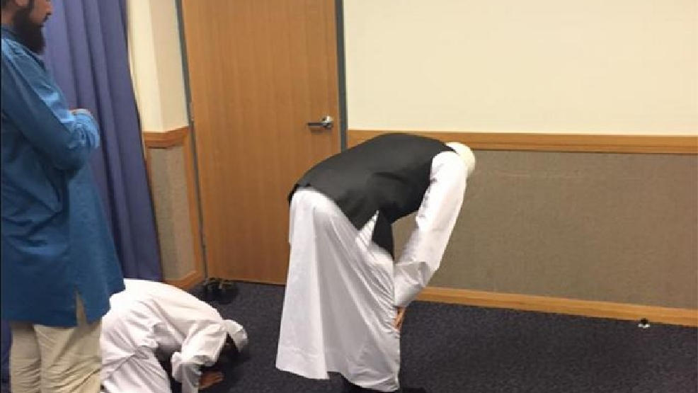 Muslim Man's Photo of Praying In an LDS Church Has Gone Viral
