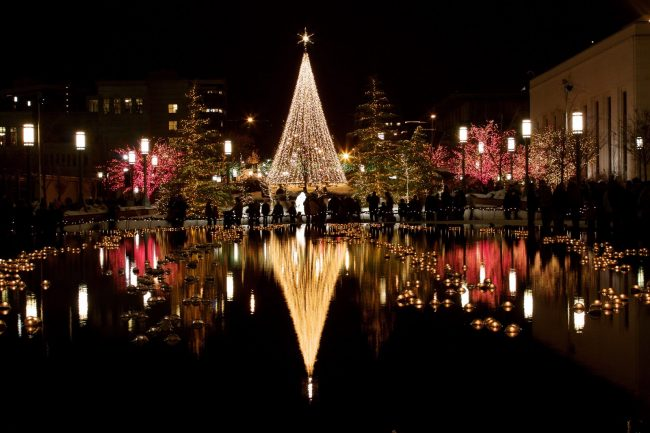 temple-square-at-christmas-760516-wallpaper