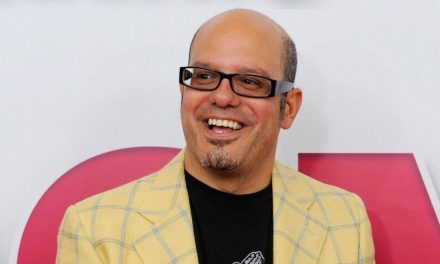 Comedian David Cross Comes Under Fire For Wearing What Appears to Be Garments